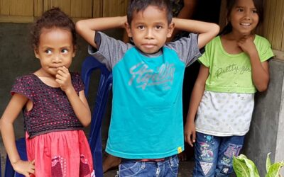 Onderwijs voor kinderen in de traditionele dorpen rond Bajawa. 5 (3)